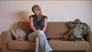 Blonde amateur auditions and pleases interviewer
