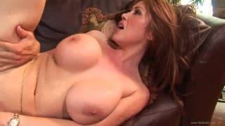 Horny cougar loves the taste of cum