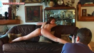 Paris Nicollet, the flexible woman