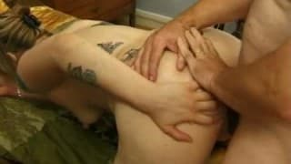 Mature woman loves shoots of piss in her throat