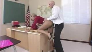 Sexy Schoolgirl studies Teacher's Cock