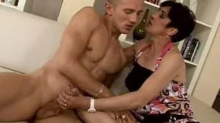 Young Guy unleashed on Mature Plump Cougar