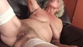 Old Hairy Pussy Crunching