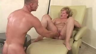 A mature blonde gives everything in a bestial fuck