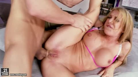 Amy brooke double fucking and group sex on porndig