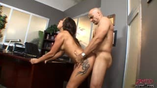 Jync Maze persuades the dean not to expel her