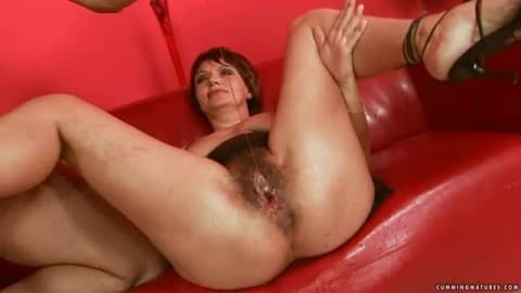 Free mature squirter