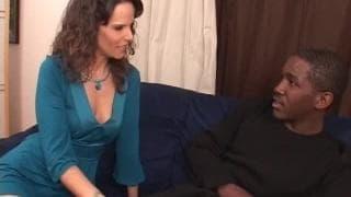 Syren De Mer digs giant cocks!