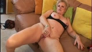 Mature blonde for some good sex
