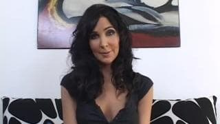 Diana Prince- A sexy MILF is looking for a cock