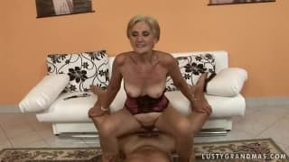 This grandmother gets a thorough fucking