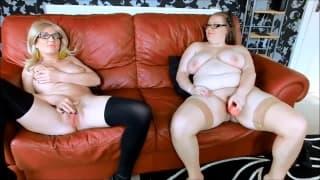 Annabella and Daisie talk about masturbation