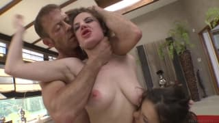 Henessy and Samantha Bentley get nailed