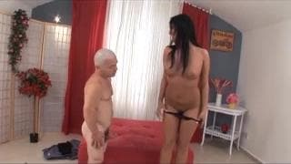 Carmen Black fucks her midget friend