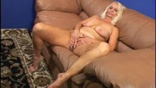 Vikki Vaughn is a blonde grandma fucking