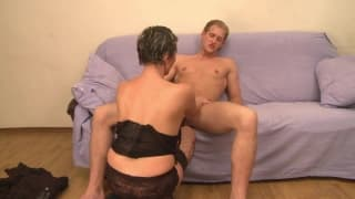 A mature woman and a young guy fucking