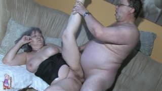 Grandma gets screwed hard in her pussy