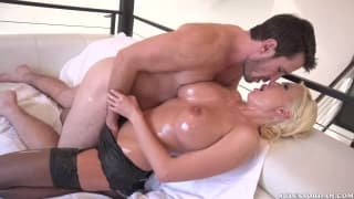 Manuel Ferrara slips it in Summer Brielle
