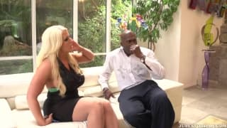 Alura Jenson is excited with Lexington Steele