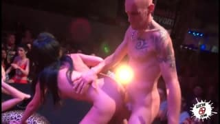 An erotic sex show to enjoy here