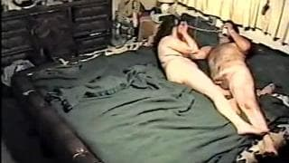 This mature woman likes to get screwed