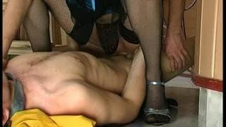 A gay guy sodomizes a transvestite