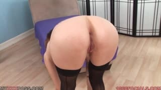 Kassius Kay is on her knees to suck cock