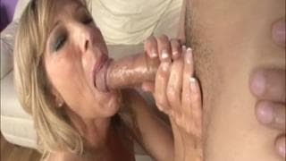 An amazing handjob from a mature blonde