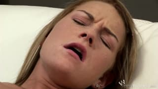 Jessica reaches orgasm with a sex toy