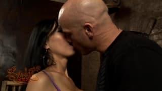 Some wild sex for Tia Ling to enjoy