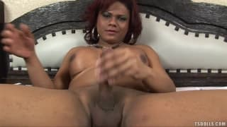 Vitoria Santos really enjoys jerking off