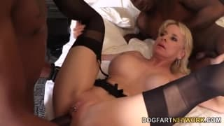 Cammille has her cougar cunt fucked