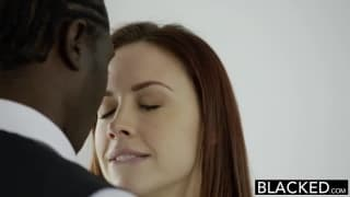 Two porn actresses who want interracial sex