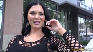 Jasmine Jae loves giant dicks like these!