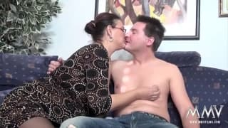 Chubby milf gets her hairy pussy fucked