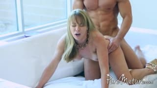 Shayla Laveaux enjoys some anal sex