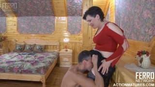A beautiful brunette in a good porn scene