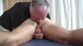 A massage from an old horny gay guy