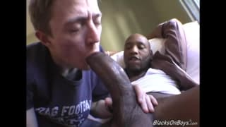 An amateur twink wants interracial sex