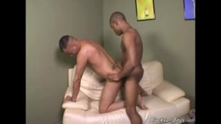 These two hot guys just want to fuck!