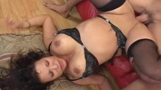 Ava Devine loves to bounce on cock