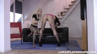 Lara Latex wants to eat pussy!