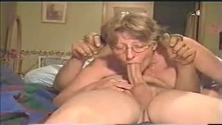 This mature woman is a blonde who wants oral!