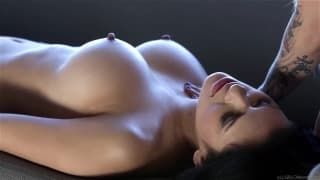Vanessa Veracruz is horny with Stevie Shae