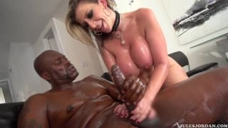 Sara Jay is enjoying a black penetration