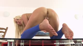 Carla Cox pisses and plays with her feet