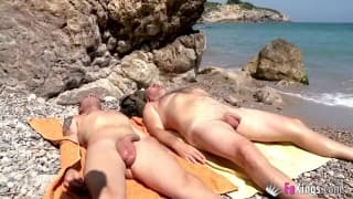 She loves to be naked on the beach with mates
