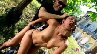 Pamela is a Spanish woman fucking outdoors