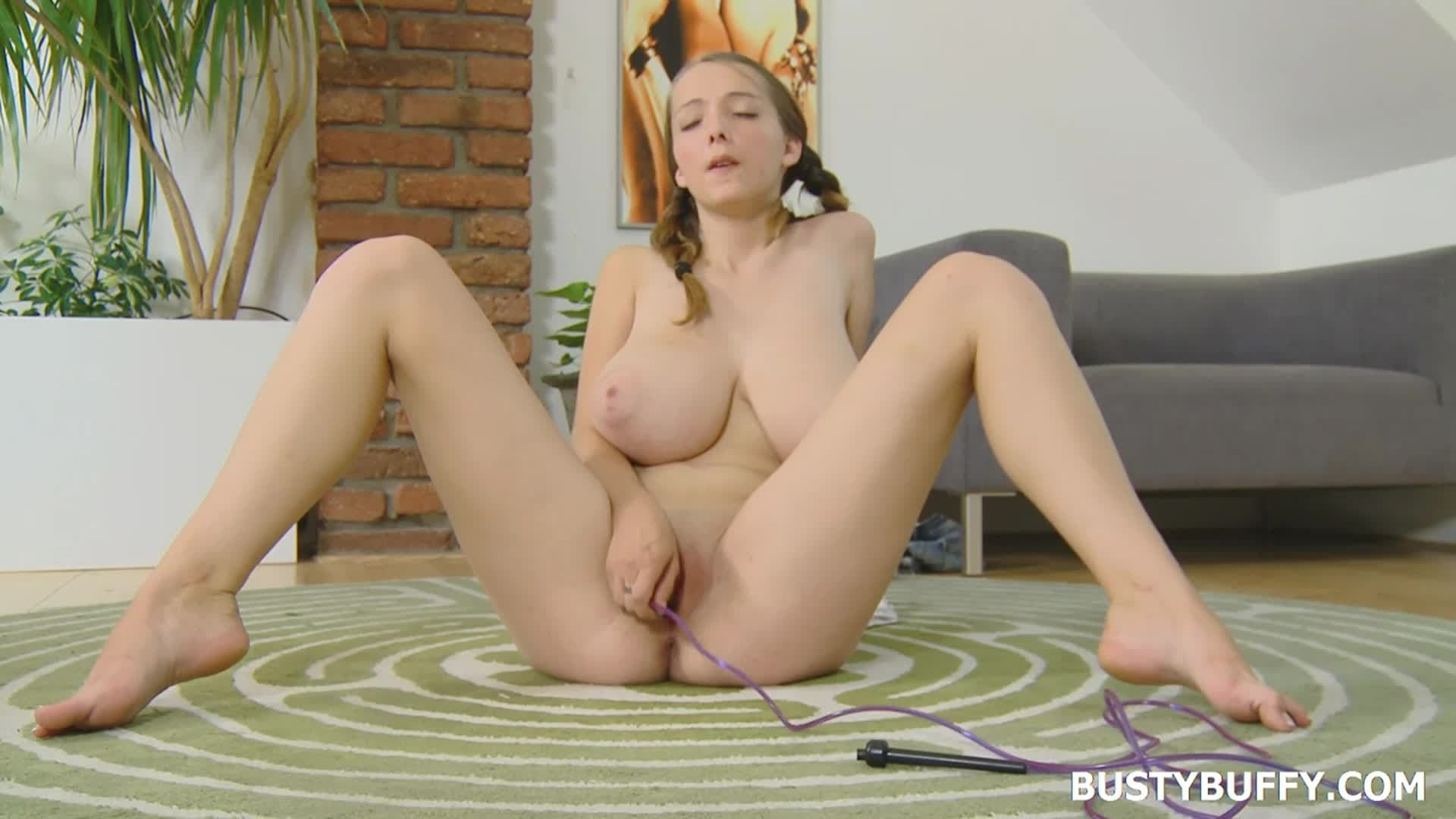 Busty buffy bisexual strapon