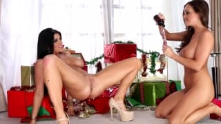Abigail Mac has a good time with Romi Rain